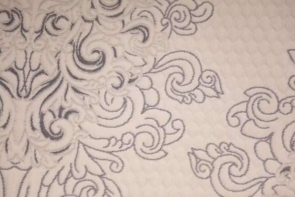 Gran capa de aire tejida de doble cara de flores