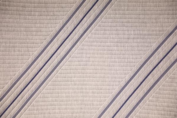 Simple capa de aire tejida a rayas azules